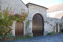 Porche_de_la_grande_Maison